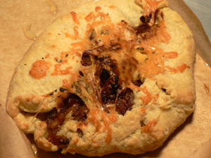 Eat / Rustic onion tart
